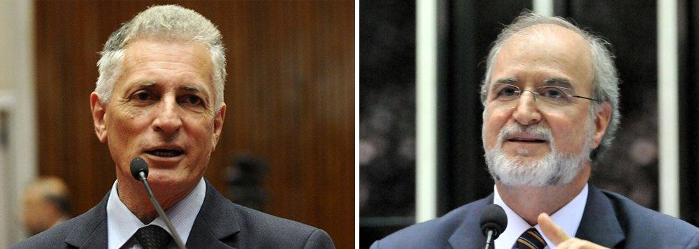 """""""Sobre prisão é melhor aguardar: afinal é tucano"""", diz o deputado estadual Rogério Correia (PT), ao comentar a condenação em segunda instância no chamado mensalão tucano do ex-governador Eduardo Azeredo, do PSDB, que poderá recorrer em liberdade"""