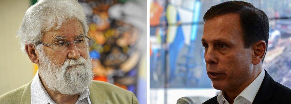 """O teólogo Leonardo Boff bateu duro no prefeito de São Paulo, João Doria, cotado para disputar a eleição presidencial pelo PSDB em 2018; de acordo com o escritor, o tucano """"é tão fraco de cabeça e doente na psiqué que somente falando mal dos outros e de Lula (que ele inveja) faz notar que ainda existe"""""""