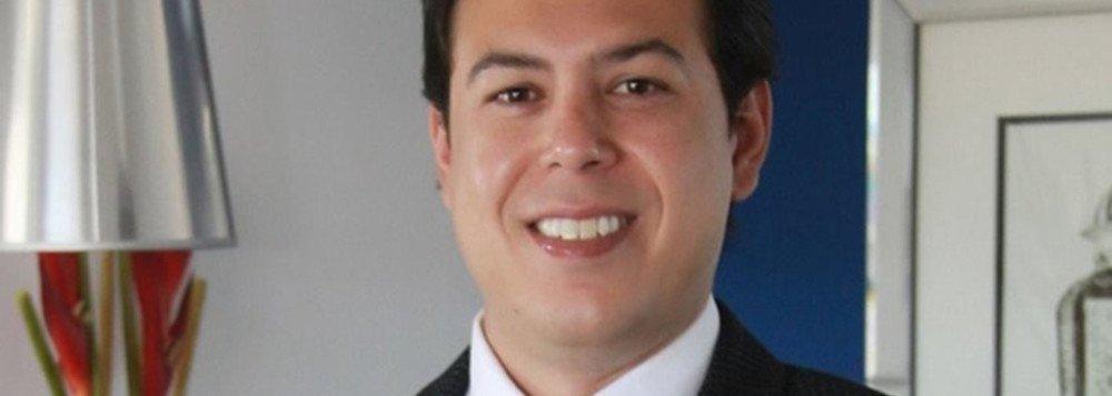 """O advogado Paulo Roberto da Silva, que defende o empresário e expresidente do Sindicato de Revendedores de Combustíveis do Estado (Sindposto), Eduardo Augusto Rodrigues Pereira (Duda), também lamentou o que chamou de """"condenação espúria, injusta, antecipada e precipitada"""" ao seu cliente; MPE quer que Duda seja incluído na lista da Interpol; empresário é acusado de ser o mandante do assassinato do também empresário Wenceslau Gomes Leobas de França Antunes, de 77 anos, conhecido como """"Wencim""""; defesa disse, ainda, queo seu cliente apresentará para esclarecimentos, no momento adequado e quando assegurada a sua integridade física"""