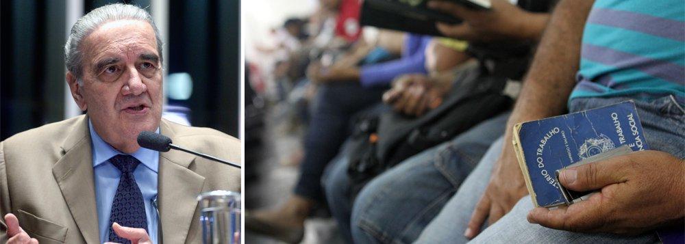 """Ao contrário das recentes declarações do governo Temer, que aponta a retomada da economia no País e o fim da recessão, o economista Luis Gonzaga Belluzzo avalia que a crise está longe de acabar;""""A tendência é a situação se agravar com o teto de gastos. É um equívoco achar que isso vai recuperar. O Brasil não está em uma recessão. Ele está em uma depressão"""", diz;reportagem de José Eduardo Bernardes, do Brasil de Fato"""