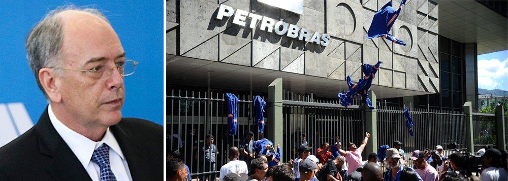"""A FUP e seus sindicatos, junto com a CUT, a CTB e movimentos sociais, como o MST, MAB, MPA, Levante da Juventude, entre outros, realizam na próxima quinta-feira 8 um ato político no Rio de Janeiro, em frente à sede da Petrobras, contra a privatização da estatal e pela """"saída imediata de Pedro Parente e de toda a sua diretoria""""; estão sendo esperadas caravanas com petroleiros de vários estados do país para o protesto"""