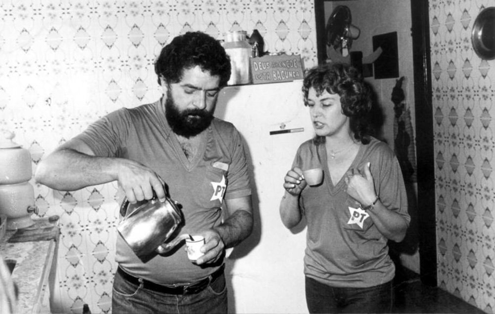 Brasil, São Paulo, SP. Luiz Inácio Lula da Silva e sua mulher Marisa tomam café. - Crédito:CLOVIS CRANCHI/ESTADÃO CONTEÚDO/AE/Codigo imagem:3830
