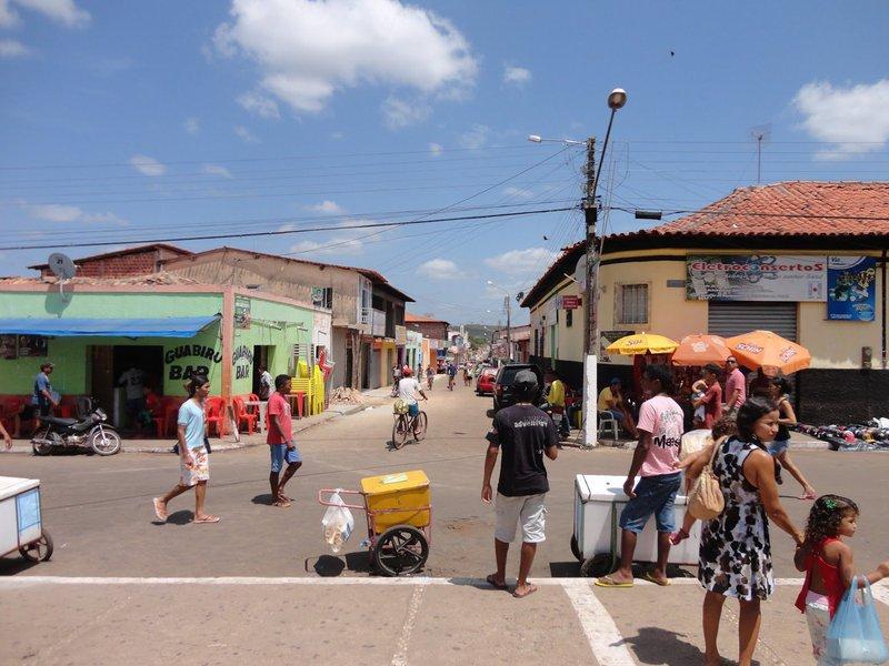 Várias cidades do Maranhão registraram um tremor de terra de magnitude 4.7 na escala Richter. De acordo com o Observatório Sismológico da Universidade de Brasília (UNB), o epicentro foi na cidade de Vargem Grande, 180 km de São Luís; na capital, diversos prédios foram esvaziados; o tremor durou cerca de 15 segundos e foi percebido pela a população em bairros da capital; o tremor também foi sentido na cidade de Teresina, no Piauí
