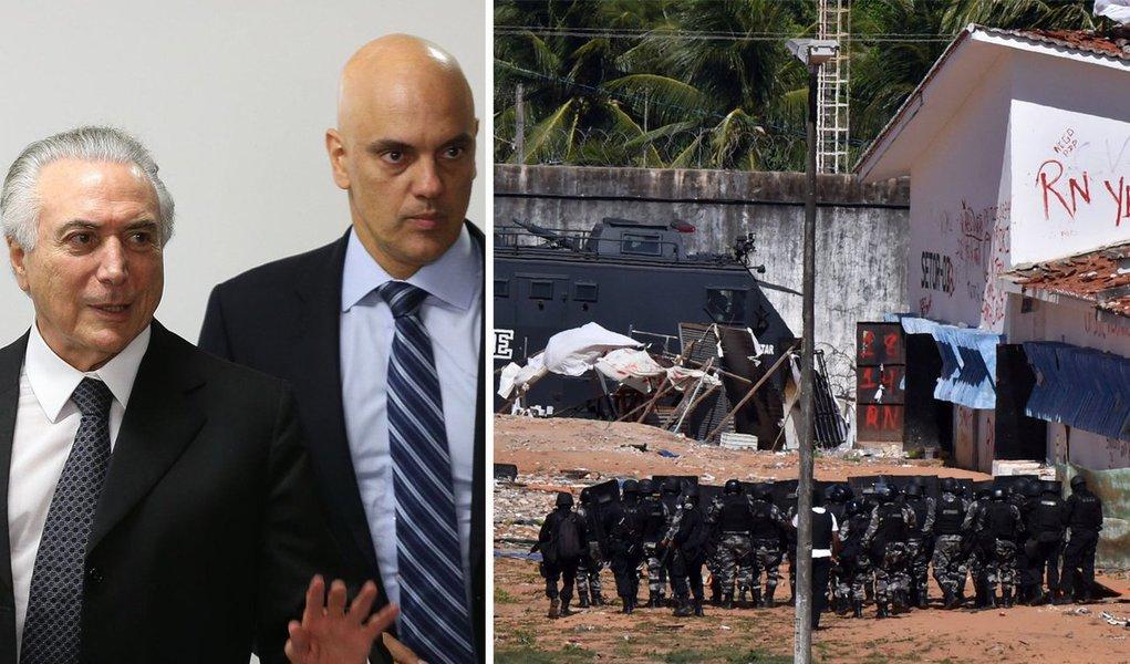 Alexandre de Moraes que ocupa o Ministério, vejam vocês, da Justiça, falou a verdade. Ele disse que o horror que acontece nos presídios brasileiros é preocupante, claro. Mas que a situação está sob controle. Aí ele não mentiu, coisa rara, os presídios estão sim sob controle do PCC e do Comando Vermelho, diante da inércia do Estado