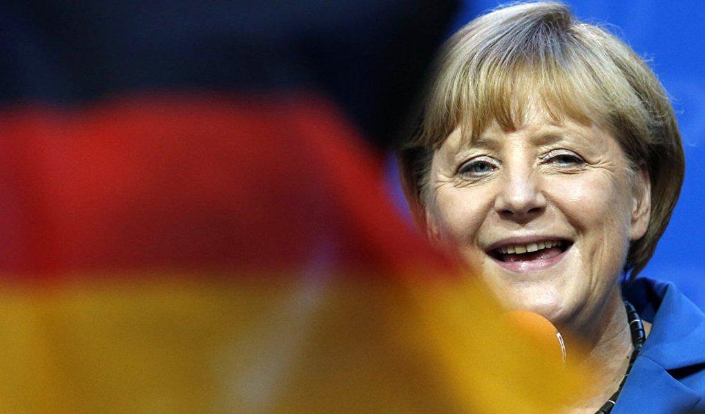 """""""É particularmente amargo e doentio quando ataques terroristas são cometidos por pessoas que afirmam buscar proteção em nosso país"""", disse ela; no próximo ano, Merkel tenta a reeleição pela quarta vez ao comando do país europeu"""