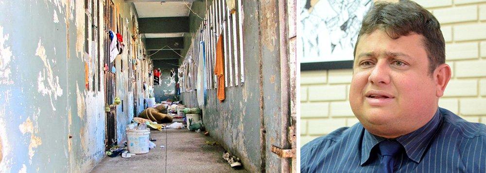 """Em meio à crise do sistema penitenciário nacional, o secretário de Justiça e Cidadania do Rio Grande do Norte, Wallber Virgolino, disse que """"presídio não é hotel e preso não é hóspede"""", para ele, """"É um hotel, sabe por quê? Se você pegar a maioria dos presídios do Brasil vai encontrar televisão, frigobar, ar-condicionado. Isso não é um hotel, não?""""; """"A gente tem que encarar o preso como preso. Se a educação pecou, se os programas sociais pecaram, não é problema nosso. Estamos lá para custodiar"""", disparou"""