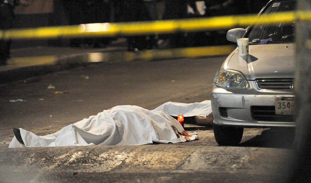 Estado registrou 630 homicídios por causas violentas ao longo do ano passado; principais causas dos crimes, segundo o Sindicato dos Policiais Civis do Piauí (SINPOLPI), são reação a assaltos, brigas de família e acerto de contas; resultados são positivos se comparados a 2015, pois neste ano o número de homicídios ficou em 671, demonstrando uma redução de 6,11%