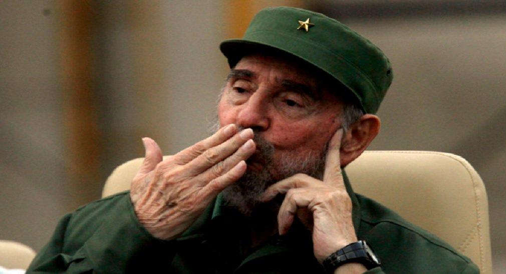 Fidel conseguiu liderar seu país em meio à turbulenta Guerra Fria e seu final. A impressão que fica é que ele estava sempre dois passos adiante do partido e de tudo; artigo de Flávio Aguiar, na Rede Brasil Atual