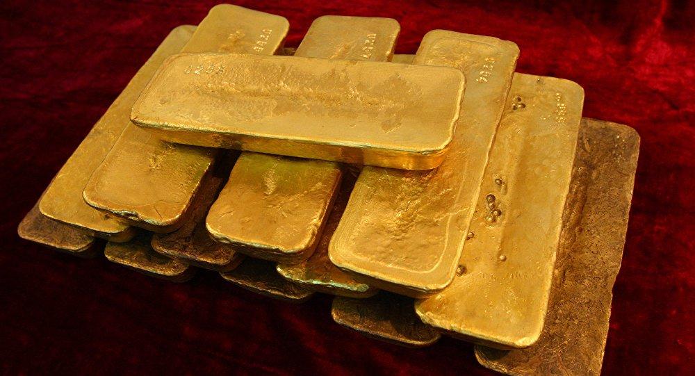 O preço do ouro, considerado um investimento seguro em meio às turbulências da economia, aumentou 5,4% na manhã desta quarta-feira nos mercados da Ásia diante da vitória do republicano Donald Trump nas eleições presidenciais dos Estados Unidos