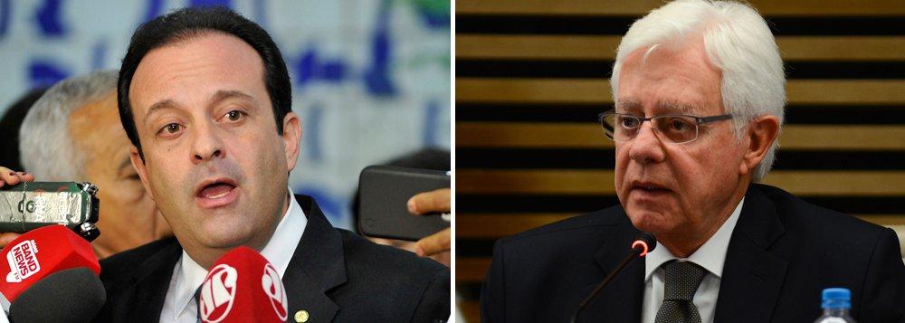 O substituto de Geddel Vieira Lima deve ser anunciado pelo Palácio do Planalto apenas na próxima semana, de acordo com fonte ouvidas pela Reuters; nomes como o do líder do governo na Câmara, André Moura (PSC-SE), e o do secretario-executivo do Programa de Parcerias de Investimento, Moreira Franco foram aventados, assim como o do assessor especial da Presidência, Rodrigo Rocha Loures