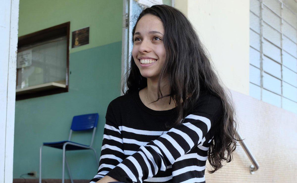 Estudante paranaense Ana Julia Ribeiro