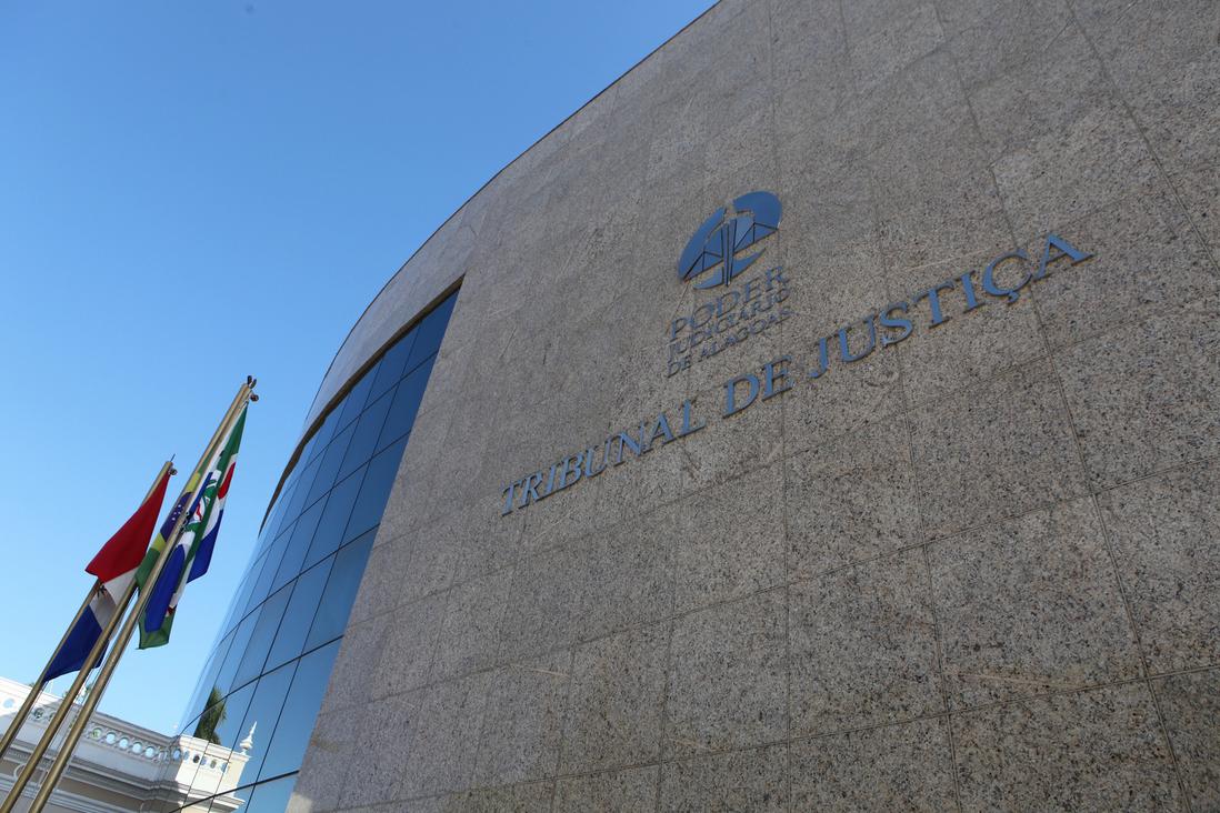 A audiência de instrução referente a processo que se originou a partir da Operação Taturana terá continuidade com o depoimento de seis réus e mais três testemunhas; deverão ser ouvidos como réus atuais e ex-deputados estaduais; oitivas serão conduzidas pelos magistrados que integram o Núcleo de Improbidade Administrativa do Tribunal de Justiça de Alagoas (TJ/AL)