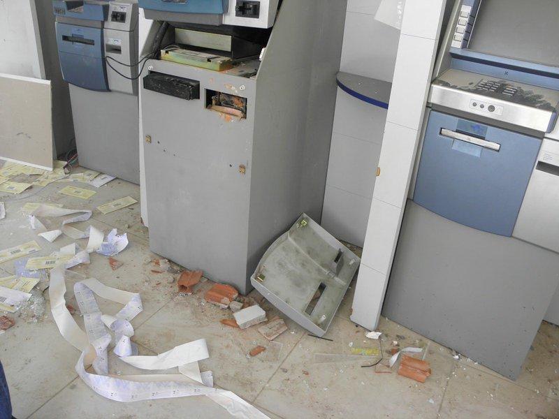 Os dados foram divulgados hoje pelo Sindicato dos Bancários do Ceará. Segundo os dados do sindicato, foram quinze ataques, sendo 14 deles no Interior. Desde o início do ano já foram contabilizados um total de 48 ataques