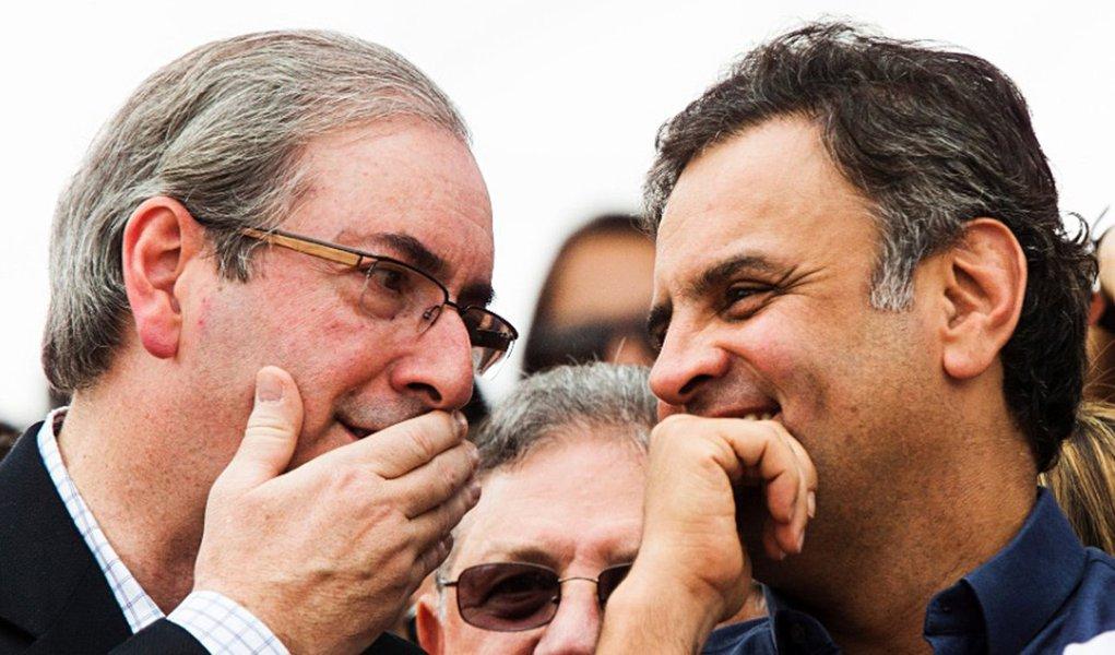 """""""Fiel da balança na Comissão de Constituição e Justiça, o PSDB não trabalhará para que seus deputados votem pela cassação de Eduardo Cunha"""", afirma a colunista Natuza Nery; segundo ela, apesar do desgaste que a posição implica, o discurso é que o peemedebista prestou um """"serviço relevante para o país"""" ao dar celeridade ao impeachment de Dilma Rousseff e não merece a condenação institucional da sigla; """"A percepção dos tucanos é que o Planalto caminha na mesma direção: se quisesse se livrar de Cunha, já o teria feito"""""""