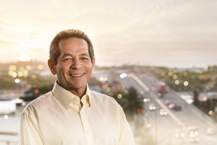 Dentro da programação da Câmara Municipal de Fortaleza de ouvir os candidatos à prefeito, os vereadores deverão recepcionar na manhã de hoje o deputado Heitor Ferrer, candidato do PSB à Prefeitura de Fortaleza