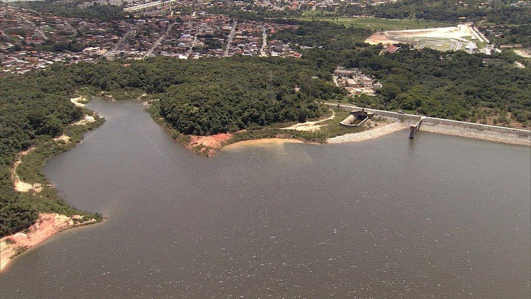 O Sistema Paraopeba, composto pelos reservatórios Rio Manso, Serra Azul e Vargem das Flores, fecha o mês de junho de 2016 com o volume de 162 milhões de metros cúbicos (m3) de água, o que corresponde a quase 59% de sua capacidade máxima; este é o maior índice registrado em dois anos; para se ter uma ideia, no dia 29 de junho de 2014 o Sistema Paraopeba tinha pouco mais de 155 milhões de m3 de água reservada