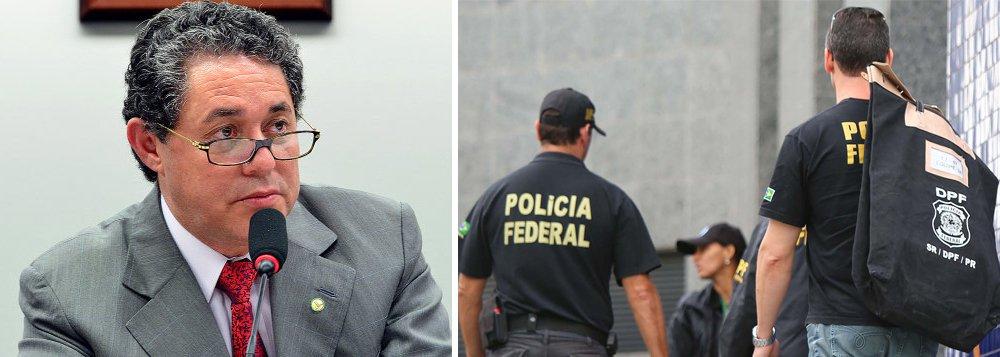 """Paulo Ferreira, ex-tesoureiro do PT, teve novo mandado de prisão decretado na manhã desta segunda-feira, na fase 31 da Operação Lava Jato; ele já está preso desde o dia 23 de junho pela Operação Custo Brasil; foram expedidos hoje 35 mandados judiciais; a ação, autorizada pelo juiz Sergio Moro, foi batizada pela PF de """"Abismo"""";segundoo Ministério Público Federal, as empresas fornecedoras de tubos Apolo Tubulars e Confab pagaram propina de R$ 40 milhões para fechar contratos de R$ 5 bilhões com a Petrobras"""