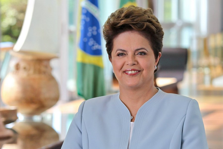 A vinda de Dilma Rousseff ao Ceará foi confirmada pelo presidente estadual do PT, Francisco de Assis Diniz. A presidente afastada participará de um evento com a juventude no dia 28 (terça-feira). Nesta quarta-feira (15), dirigentes do partido estarão reunidos para acertar os detalhes da visita