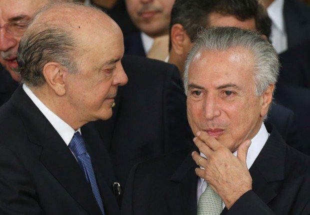 Quero dizer com isto que Parente, Serra e o usurpador do poder e agora mentiroso de âmbito mundial, *michel temer (ele mentiu na tribuna da ONU sobre os refugiados recebidos pelo Brasil), estão a impor, a fórceps, o programa quatro vezes eleitoralmente derrotado do PSDB