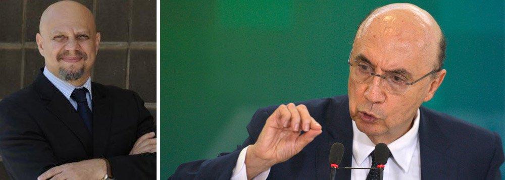 """Jornalista econômico Vicente Nunes, do Correio Braziliense, deu exemplos de como o ministro da Fazenda, que entrou com poderes para executar um forte ajuste fiscal, acabou se tornando refém da lógica política do governo interino de Michel Temer; para ele, o ministro da Fazenda deve ficar esperto; """"Ele faz um bom marketing pessoal, mas, dois meses depois de assumir o ao mais importante da Esplanada dos Ministérios, Meirelles está ficando muito parecido com Joaquim Levy, que vestiu a fantasia de superministro, foi sendo esvaziado e acabou saindo pelas portas dos fundos com fama de incompetente"""", afirmou"""