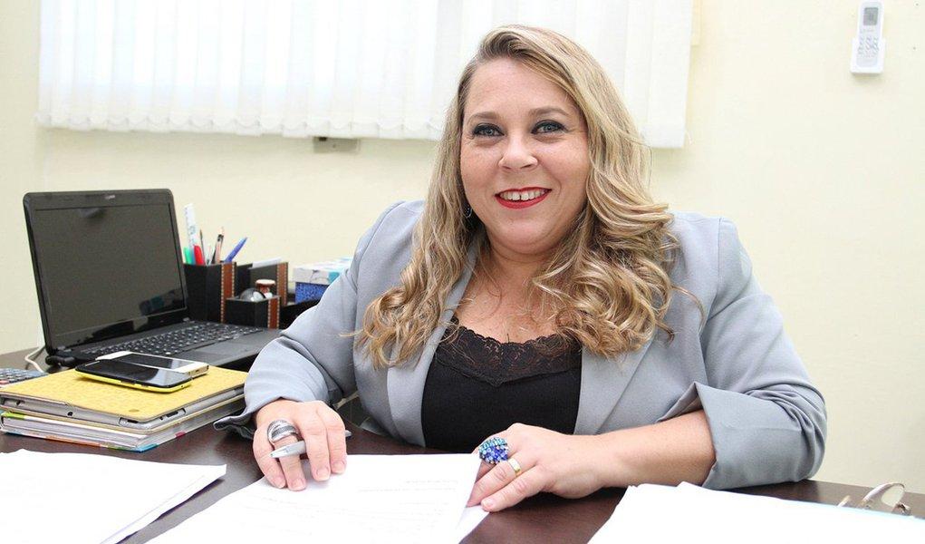 A ex-deputada federal e atual secretária de Estado da Mulher e dos Direitos Humanos, Rosinha da Adefal, foi nomeada para o cargo de secretária especial dos Direitos da Pessoa com Deficiência, que pertence ao Ministério da Justiça e Cidadania; indicação foi feita pelo senador Romário (PSB-RJ)