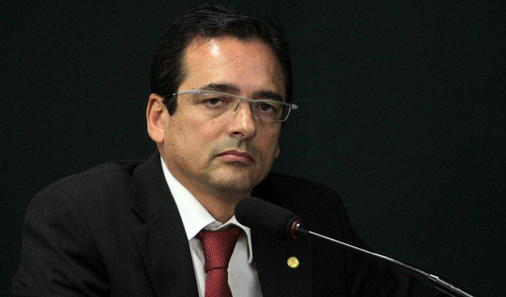 Justiça desbloqueou, no último dia 8, os ativos do Opportunity, de Daniel Dantas, travados na Operação Satiagraha, da PF; a ação foi anulada pelo STJ e pelo STF, por ilegalidades na condução da coleta de provas; com a decisão, a Satiagraha acabou; noano passado, o STF condenou o ex-delegado da PF responsável pela operação, Protógenes Queiroz, a 2,6 anos de reclusão por violação de sigilo funcional por contas das irregularidades que teriam sido cometidas ao longo da investigação
