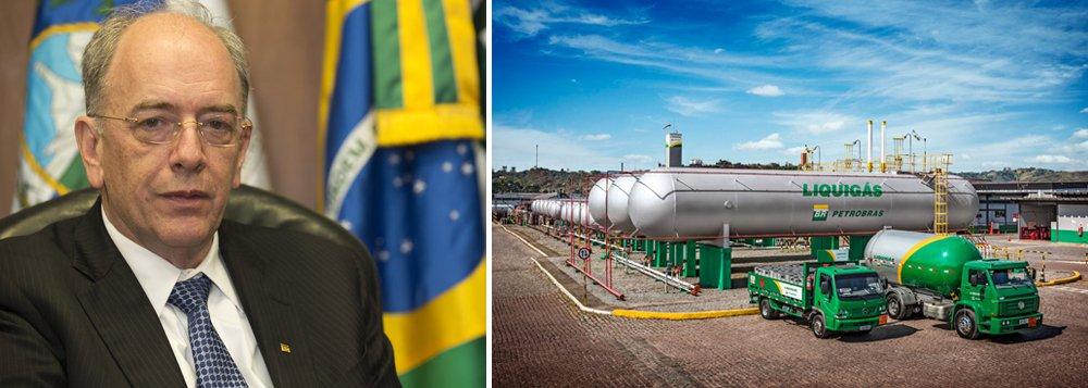 Petrobras está em negociações avançadas com a Ultrapar Participações para a venda da totalidade da Liquigás, distribuidora de gás liquefeito de petróleo (GLP); uma fonte com conhecimento do assunto disse à Reuters nesta sexta-feira que a proposta da Ultrapar avalia a Liquigás em cerca de 3 bilhões de reais; companhia comandada por Pedro Parente prevê desinvestimentos de 34,6 bilhões de dólares entre 2015 e 2018