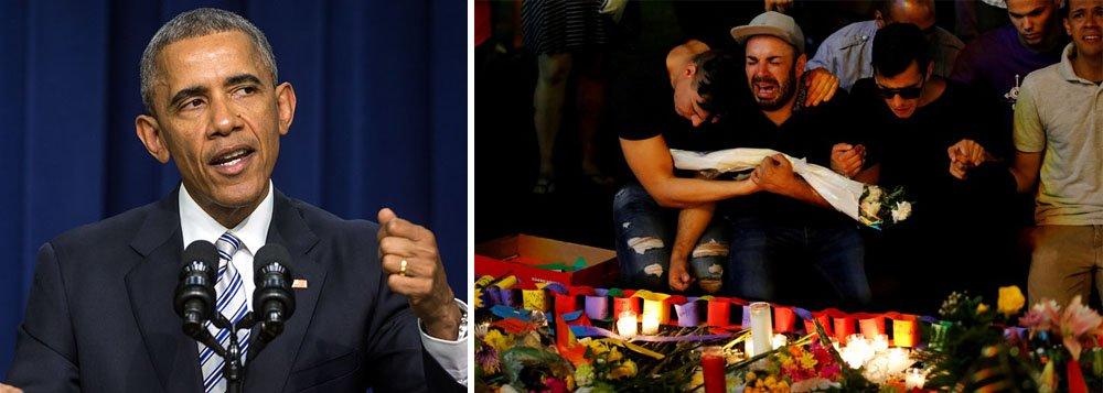 Presidente dos Estados Unidos, Barack Obama, deve visitar Orlando nesta quinta-feira para se encontrar com sobreviventes do massacre em uma boate gay e parentes das 49 vítimas, à medida que autoridades dos EUA analisam se irão acusar ou não a esposa de atirador; visita de Obama a Orlando, acompanhado do vice-presidente, Joe Biden, será a mais recente de uma longa lista de viagens que Obama tem feito para consolar vítimas de assassinatos em massa durante seus sete anos e meio no cargo
