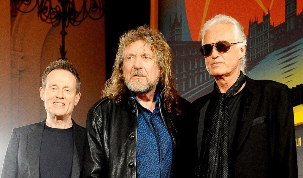 """O fraseado de guitarra que o Led Zeppelin usou na canção clássica de 1971 """"Stairway to Heaven"""" difere substancialmente daquele que a banda inglesa foi acusada de roubar do grupo norte-americano Spirit, decidiu um júri em um julgamento de violação de direitos autorais em Los Angeles; decisão foi uma vitória para o Led Zeppelin, um dos grupos de rock de maior sucesso de todos os tempos, após um julgamento que havia posto em dúvida a originalidade da canção mais famosa da banda"""