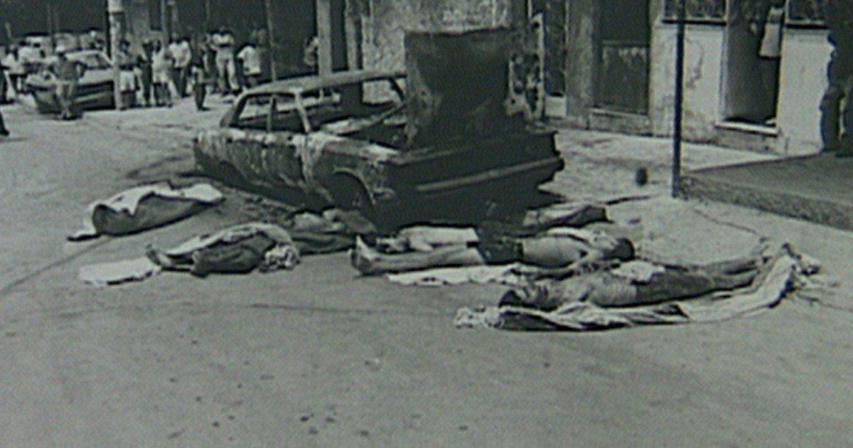 A Corte Interamericana de Direitos Humanos (Corte IDH), da Organização dos Estados Americanos (OEA), faz nesta quarta-feira (12) o primeiro dia de audiência para analisar o caso da execução de 26 pessoas e de abuso sexual de três adolescentes, supostamente realizados por policiais civis, em incursões na Favela Nova Brasília, no Complexo do Alemão, nos dias 18 de outubro de 1994 e 8 de maio de 1995; Corte convocou o Estado brasileiro, os representantes das vítimas e a Comissão Interamericana de Direitos Humanos (CIDH), da OEA, para a audiência pública, em Quito, no Equador, marcada para as 14h30, pelo horário de Brasília