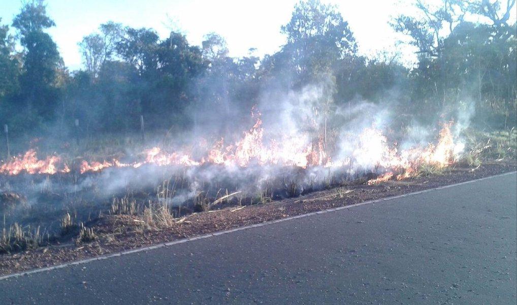 Quase mil focos de queimadas foram registrados no mês de julho no Maranhão; em números totais, 925 focos de incêndio já foram detectados via satélite neste mês; em 2016, já foram 2.796 pontos identificados,Quase mil focos de queimadas foram registrados no mês de julho em todo o Maranhão; com o início do período de estiagem no Estado, de acordo comdados do Serviço de Monitoramento de Queimadas e Incêndios do Inpe