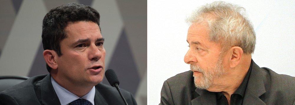 """Jornalista Fernando Brito, do Tijolaço , classificou como """"patética"""" a manifestação do juiz Sérgio Moro dizendo que tinha condições de prender Lula e preferiu não fazê-lo; """"Prisão de alguém, ou em flagrante ou em presença de evidente dano à investigação criminal é imperiosa, não uma opção. Em que se confunde condução coercitiva com prisão temporária?"""", questiona; """"Julgador que quer a sua presa, que não abre mão do troféu 'Prendi o Lula', o que joga por terra qualquer imparcialidade"""""""