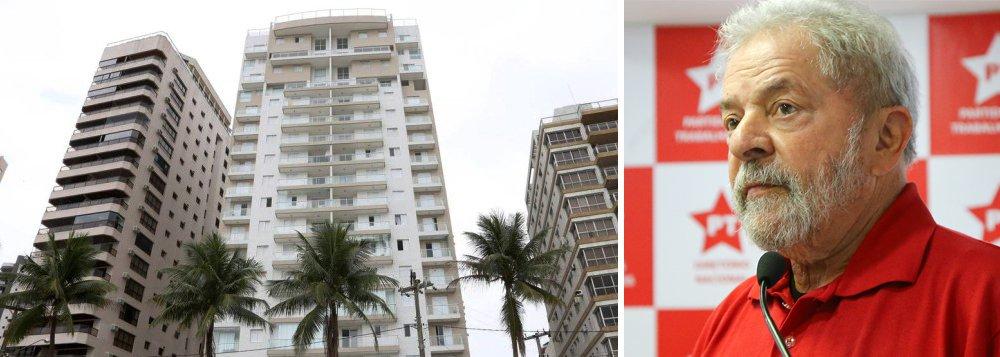 """Em texto publicado no Facebook nesta tarde, o ex-presidente reforça que """"jamais foi proprietário dele ou sequer dormiu uma noite no suposto apartamento que a Lava-Jato desesperadamente tenta atribuir ao ex-presidente""""; """"Lula esteve apenas uma vez no edifício, quando sua família avaliava comprar o imóvel"""", diz o texto;ele também divulga documentos que """"desmontam a farsa"""" da acusação contra ele referente ao apartamento; o Ministério Público denunciou hoje Lula por corrupção e lavagem de dinheiro no caso do triplex do Guarujá"""