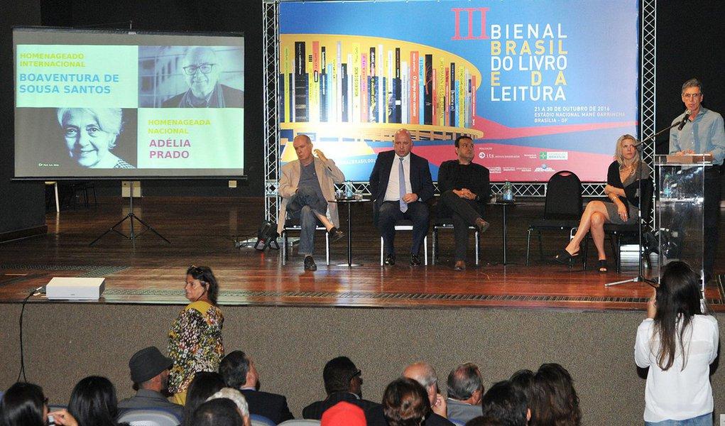 A feira literária acontecerá entre 21 e 30 de outubro;o sociólogo português Boaventura de Sousa Santos e a escritora Adélia Prado serão os homenageados desta edição
