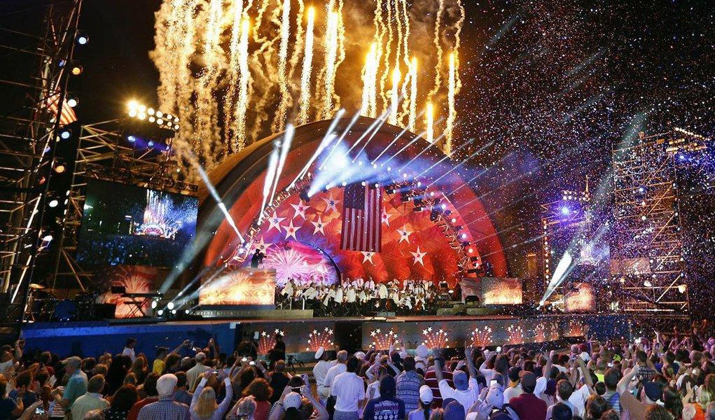 Estados Unidos comemoram o Dia da Independência nesta segunda-feira (4) em meio a um esquema de segurança reforçada, devido aos temores de terrorismo em Nova York e de episódios já tradicionais de violência com armas de fogo