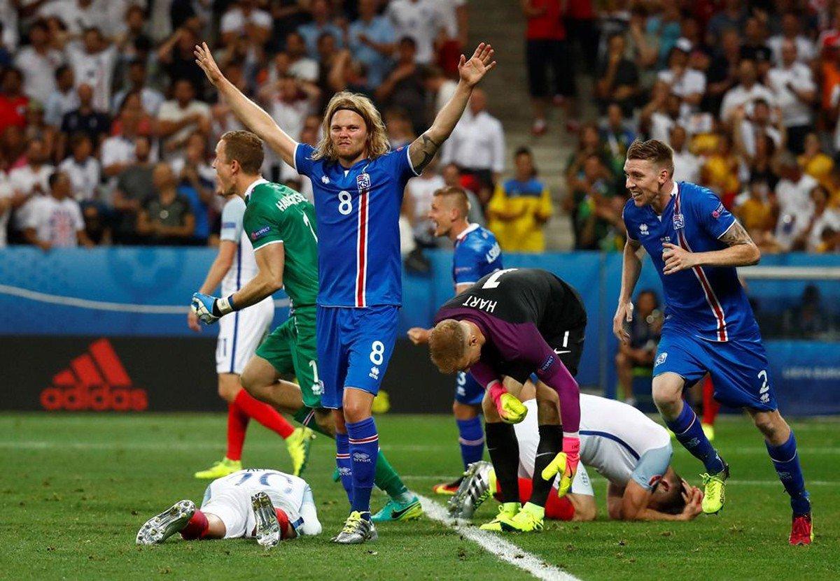 A Islândia causou uma das maiores surpresas na história da Eurocopa ao vencer de virada a Inglaterra por 2 x 1, nesta segunda-feira (27), e agora enfrentará a anfitriã França nas quartas de final