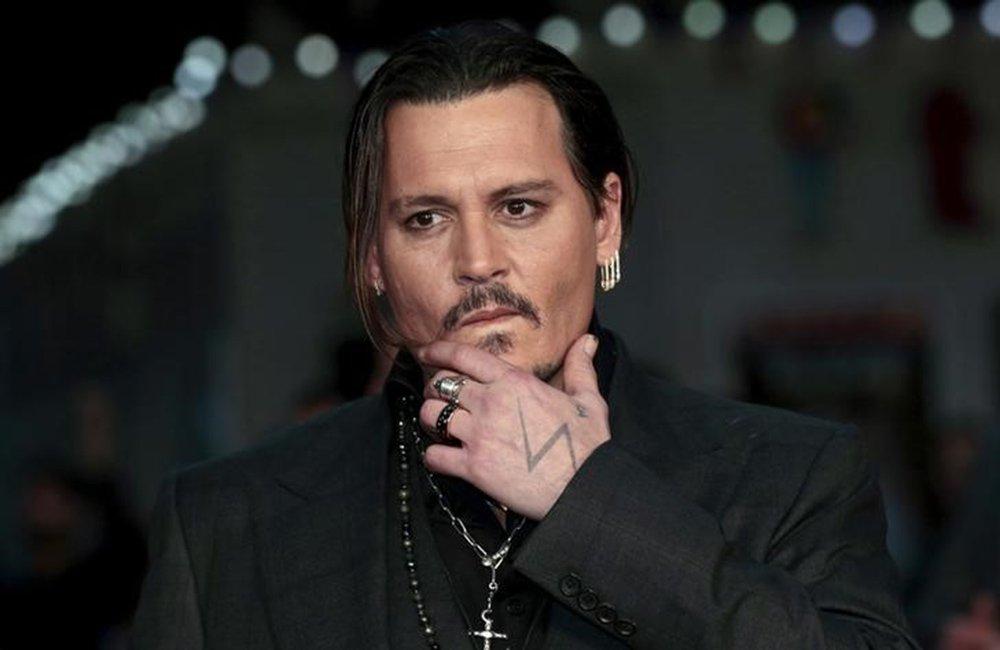 """Ator Johnny Depp em lançamento do filme """"Aliança do Crime"""", em Londres. 11/10/2015. REUTERS/Suzanne Plunkett"""