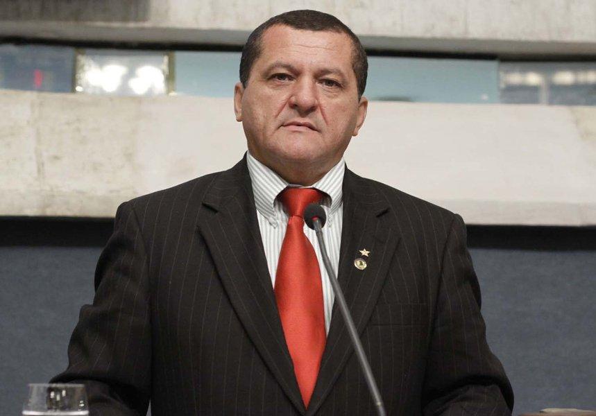 Secretário de Desenvolvimento Agrário do Estado, Dedé Teixeira estará na Assembleia Legislativa nesta quarta (6), quando irá apresentar a situação hídrica do Ceará e as ações desenvolvidas com o objetivo de enfrentar o problema