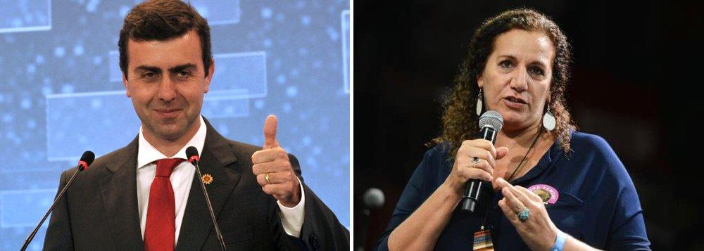 Plataforma digital de estudos de tendência Dizgoo apontaMarcelo Freixo (PSOL) com 20,82% da preferência dos eleitores, empatado com o número de indecisos, e à frente de Jandira Feghali (PCdoB), que na semana passada recebeu o apoio do ex-presidente Lula e agora tem 12,97% das intenções de voto; em seguida, aparecem os senadores Marcelo Crivella (PRB) e Romário (PSB), ambos com 10,92%; Alessandro Molon (Rede) está com 9,22%, Pedro Paulo (PMDB), 6,14%, Rodrigo Maia (DEM), 4,78%, e Índio da Costa (PSD), 3,41%