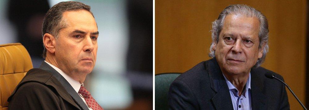 Ministro Luís Roberto Barroso decidiu conceder indulto ao ex-ministro José Dirceu, que acabou por extinguir a pena imposta a ele no processo da Ação Penal 470, o chamado 'mensalão'; agora Dirceu ficará livre da pena do 'mensalão', mas continuará preso para cumprir sua pena na Lava Jato, pela qual foi condenado a 23 anos e três meses de prisão