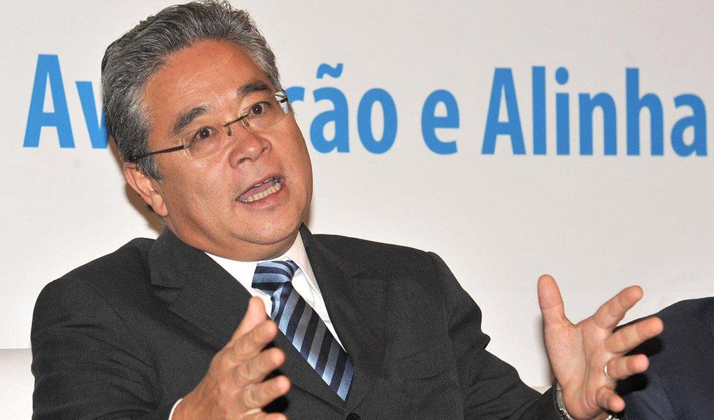 """""""Foi o primeiro empresário que conheci e que eu vi ali na hora. Se fosse o da Rede Globo, poderia ter pedido para a Rede Globo. Se tivesse aparecido do Pão de Açúcar, seria para o Pão de Açúcar. Tentamos achar outras alternativas, mas não foi possível"""", disse Paulo Okamotto, presidente do Instituto Lula; """"Eu realmente pedi para a OAS e, se isso for um crime, então você me fala qual a pena que eu sou obrigado a cumprir porque eu sempre disse que fui pedir apoio para a OAS"""", explicou"""