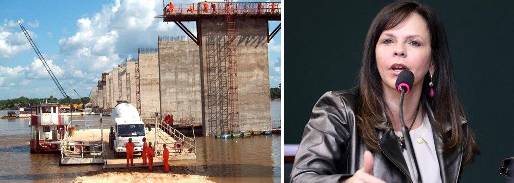 Foi publicado no último dia 4 o edital de licitação para a construção da ponte sobre o Rio Araguaia que liga os municípios de Xambioá e São Geraldo (PA); a previsão é que a licitação já ocorra em novembro; essa obra foi abraçada pela deputada Professora Dorinha (DEM-TO) juntamente com a bancada federal; a construção dessa ponte está contemplada no PAC e o seu custo está orçado em R$ 160 milhões, sendo que R$ 100 milhões foram garantidos no orçamento de 2016 via emenda destinada por toda bancada federal de caráter impositivo