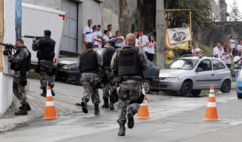 Informação é da ONG Anistia Internacional, cujo aplicativo Fogo Cruzado, lançado este mês, recebe notificações de tiroteios e violência armada na região metropolitana do Rio de Janeiro