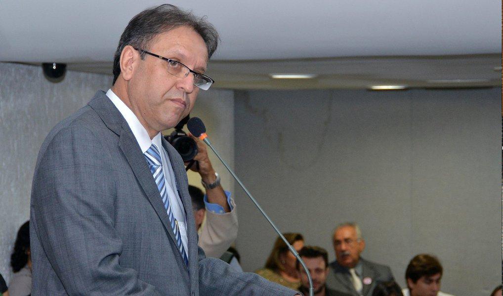 O Tribunal Superior Eleitoral (TSE) rejeitou o pedido interposto pelo governador do Tocantins, Marcelo Miranda, para a republicação do acórdão que cassou o seu diploma em setembro de 2009; a intenção do peemedebista era de afastar o trânsito em julgado do processo e, como consequência, sua inelegibilidade; Marcelo buscava assumir o mandato de senador de Vicentinho Alves (PR), cargo para o qual foi o mais votado em 2010, porém o atual governador teve seu diploma cassado devido a inelegibilidade causada pela sua condenação em 2009 no Recurso Contra Expedição de Diploma (Rced) número 698 por suposto abuso de poder político nas eleições de 2006, quando disputava a reeleição