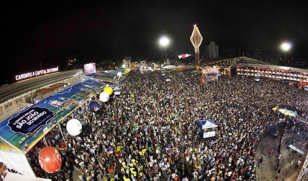 Pernambuco é conhecido por ter uma das melhores festas de São João do Brasil; Caruaru é considerado o maior São João do mundo; cidades do interior sempre atraem milhares de turistas durante o período, além do Recife, que também está todo arrumado para receber bem os visitantes