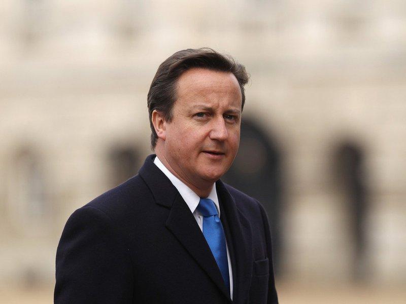 """O primeiro-ministro da Grã-Bretanha, David Cameron, declarou ao jornalThe Timesque pretende continuar no cargo, independentemente do resultado do referendo sobre a permanência do país na União Europeia (UE), marcado para 23 de junho; """"Vou simplesmente continuar meu trabalho. Possuo um mandato muito claro do povo britânico para exercer o papel de primeiro-ministro no governo conservador, bem como para realizar o referendo"""", destacou o chefe de Governo"""
