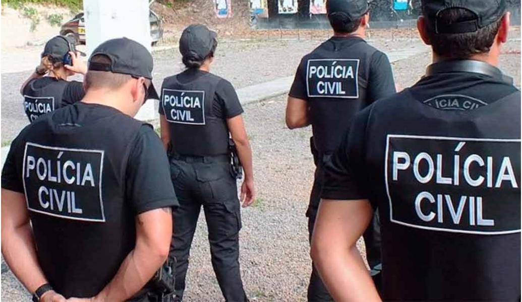 Após assembleia na manhã desta quarta-feira (21), policiais civis do Ceará decidiram entrar em greve. A paralisação geral tem início neste sábado (24), a partir de 12h. Apenas 30% do efetivo serão mantidos em escala
