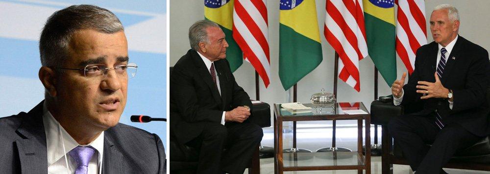 """O jornalista Kennedy Alencar ressalta que o saldo do """"encontro entre o presidente Michel Temer e o vice-presidente dos Estados Unidos, Mike Pence, foi negativo para o Brasil"""", o que, segundo ele, """"reflete a perda do prestígio internacional do Brasil após o governo Lula, época em que o Brasil tinha maior projeção geopolítica""""; """"No mandato de Temer, o país perdeu respeitabilidade internacional"""", afirma"""