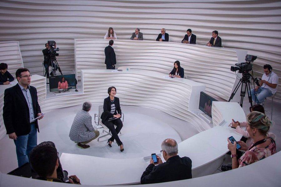 No direitismo estrutural que marca o Roda Viva e mesmo a TV Cultura, a militância anti-Lula foi aberta e escancarada de modo a exigir de Manu posições que, vejam isso, cabem única e exclusivamente ao Partido dos Trabalhadores