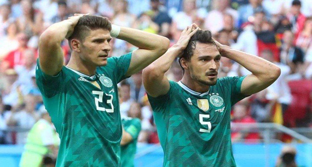 Deu zebra. Atual campeã mundial, a Seleção da Alemanha perdeu por 2x0 para a Coreia do Sul e está eliminada da Copa da Rússia; agora, Suécia e México avançaram às oitavas de final do Mundial